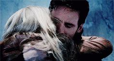 "Hook and Emma - 4 * 2 ""White Out"" #CaptainSwan"