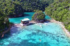 Sugba Lagoon near Siargao, Philippines © Sabrina Iovino | via @Just1WayTicket