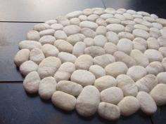 Felt stone rug / bath mat super soft with soft core wool ivory
