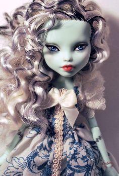 OOAK Mattel Monster High Frankie Stein Repaint Dressed Doll by Circlerose | eBay