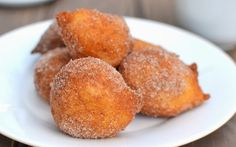<p>These cinnamon sugar zeppole are so airy and fluffy that you'll lose count of how many you ate.</p>