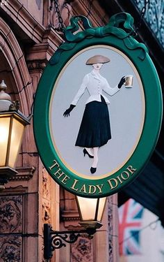 French luxury fashion house Christian Dior, recently had it's Resort 2017 runway show in England at the Blenheim Palace. Christian Dior himself showed a - BellaNaija Style. Lady Dior, Muebles Estilo Art Nouveau, Storefront Signage, Blenheim Palace, Café Bar, Pub Signs, Shop Fronts, Store Signs, Hanging Signs