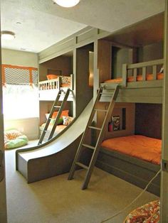 Bunk beds for those with many kids....looks like a great family vacation sleeping arrangement