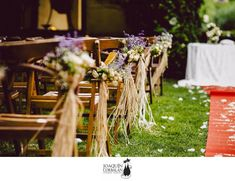 12 románticas formas de decorar las sillas para tu boda