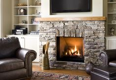 Hottest Free of Charge bedroom Fireplace Remodel Popular Hottest Photos cobble Stone Fireplace Ideas Stacked stone fireplaces are undeniably gorgeous and ca Corner Stone Fireplace, Stone Fireplace Designs, Stacked Stone Fireplaces, Simple Fireplace, Brick Fireplace Makeover, Shiplap Fireplace, Old Fireplace, Bedroom Fireplace, Fireplace Remodel