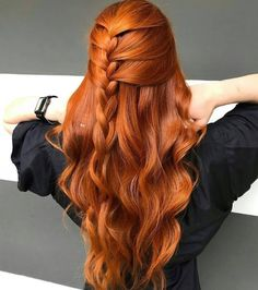 25 Assumed Redheads Orange Hair Color Ideas For You Hair Color Auburn, Red Hair Color, Magenta Hair, Auburn Hair, Red Orange Hair, Cute Ponytail Hairstyles, Formal Hairstyles, Wedding Hairstyles, Redhead Hairstyles