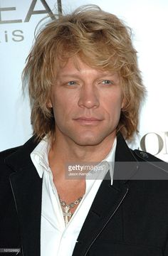Jon Bon Jovi during Conde Nast Media Group Kicks off New York Fall Fashion Week with Annual Fashion Rocks Concert - Arrivals at Radio City Music Hall in New York City, New York, United States. Jon Bon Jovi, Fall Fashion Week, Autumn Fashion, Gorgeous Men, Beautiful People, Wild In The Streets, Bon Jovi Pictures, Bon Jovi Always, Rock Concert