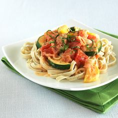 Meatless Monday: Zucchini, Tomato & Fresh Herb Fettuccine Recipe - Clean Eating
