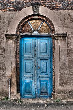 opening-doors: Manchester, England