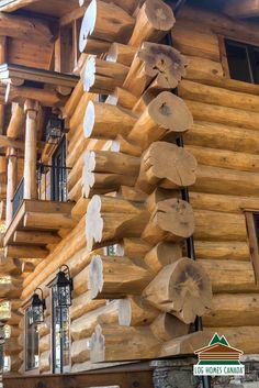 Typical log corner Diy Log Cabin, How To Build A Log Cabin, Log Cabin Living, Log Cabin Homes, Wooden Lodges, Log Home Kits, Cabana, Log Home Designs, Cabins And Cottages
