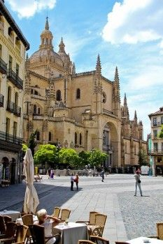 Main Square and Cathedral, Segovia, Castile and León, Spain