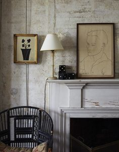 Walls - design by Seth Smoot Home Living Room, Living Spaces, Fireplace Design, Vintage Modern, Beautiful Interiors, Interior Inspiration, Room Inspiration, Interior And Exterior, Vignettes