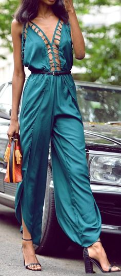 Statement. Emerald elegant Jumpsuit. Gorgeous women fashion outfit clothing style apparel @roressclothes closet ideas
