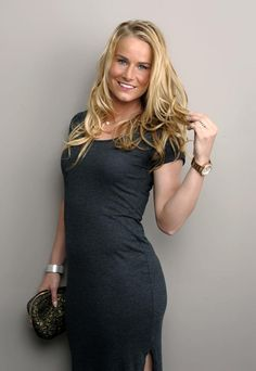 most-beautiful-female-soccer-players-amandine-henry