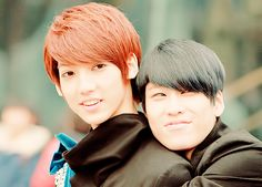 Youngmin 영민 and Hyunseong 현성 from Boyfriend 보이프렌드