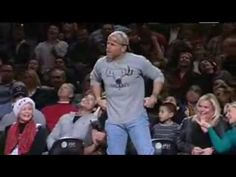 Shawn Michaels surprises the NBA fans at San Antonio Spurs halfitme,with...