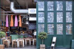The front door! slide them across #billsrestaurant