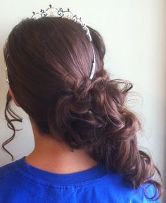 See more ideas about side ponytails, side curly hair and cornrows in a pony Curly Side Ponytails, Black Girl Braided Hairstyles, Side Ponytail Hairstyles, Curled Ponytail, Baby Girl Hairstyles, Short Bob Hairstyles, Prom Hairstyles, Hair Styles 2014, Curly Hair Styles