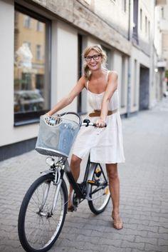 dress + bike (and nice glasses!)