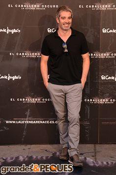 Adrià Collado.  Premiere de El Caballero Oscuro: La Leyenda Renace.  http://grandesypeques.com/index.php/actualidad-y-noticias/222-premiere-de-el-caballero-oscuro-en-conexion-con-londres