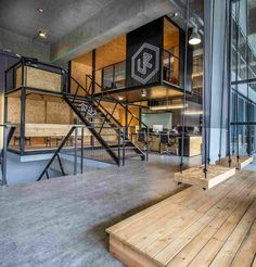 Gallery of ALP Logistic Office / JC Architecture - 3 - .- Gallery of ALP Logistic Office / JC Architecture – 3 – Gallery of ALP Logistic Office / JC Architecture – 3 – - Industrial Office Design, Industrial House, Industrial Interiors, Office Interior Design, Office Interiors, Industrial Chic, Kitchen Industrial, Office Designs, Industrial Bookshelf