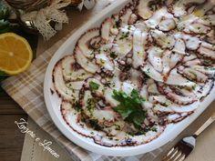 Il carpaccio di polpo è un piatto molto appetitoso che si adatta ad ogni occasione e ad ogni stagione. Ma soprattutto è un piatto light.