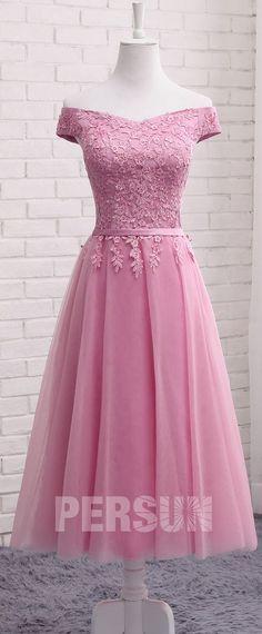 5f0a36f9edf99 Robe de soirée rose dragée mi longue col bardot appliquée de dentelle