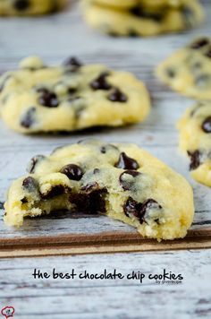 The Best Chocolate Chips are super chewy, soft in the center and slightly crispy at the edges with a wonderful buttery flavor. | giverecipe.com | #cookies