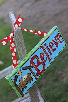 christmas canvas- or wood use with sign holder!!