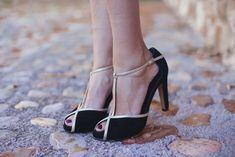 c5fdf9f9818 7 marcas de zapatos para novias e invitadas. Sandalias NoviaZapatos De  NoviaTerciopelo NegroZapatos De MarcaCalzado MujerZapatos ...
