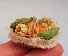 Gourds by Linda Cummings