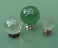 Crystal Ball miniature. Wouldn't this be awesome in the sand tray?