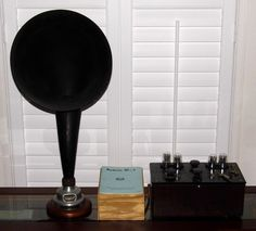 Vintage Radiola III-A Radio Receiver With A Radiola Loud Speaker And A Modern Power Supply, Receiver & Loud Speaker Circa 1924 Vintage Television, Antique Radio, Oral History, Auction Items, Radios, Antiques, 1920s, Modern, Amp