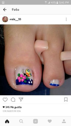 Pedicure Essentials and Designs Short Nail Manicure, Pedicure Nail Art, Pedicure Designs, Toe Nail Art, Manicure Ideas, Hot Nails, Hair And Nails, Feet Nail Design, Cute Pedicures