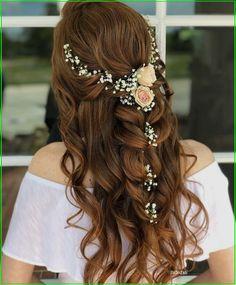 Hairdo Wedding, Wedding Hair Pieces, Wedding Hair And Makeup, Whimsical Wedding Hair, Chic Wedding, Bridal Makeup, Perfect Wedding, Engagement Hairstyles, Indian Wedding Hairstyles