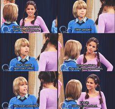 Lol so funny Selena Gomez and dyan sprose
