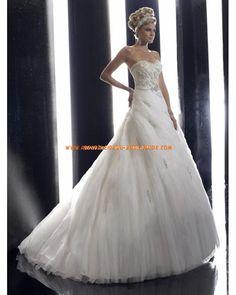 2013 Luxuriöse modische Brautmode aus Satin und Softnetz mit Stickerei und Schleppe