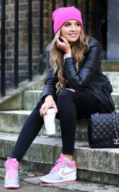 Pink details to all black outfit
