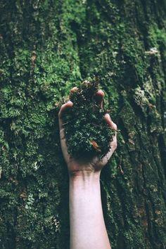 Faço parte da terra... Sou filha da mãe natureza...