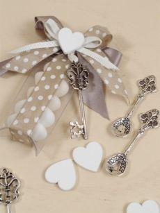 Idea creativa bomboniera fai da te matrimonio.  Ingrosso Online accessori per bomboniere.
