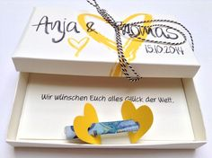 Money gifts – Wedding money gift – all colors – a designer piece by Kunstundtext on DaWanda Source Wedding Present Ideas, Wedding Gifts, Craft Gifts, Diy Gifts, Diy And Crafts, Paper Crafts, Diy Presents, Stamping Up, Love Gifts