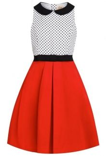 This dress is perfect for your little diva. With a cute Peter Pan collar and contrasting top to skirt, it is perfect for all occasions! White Flare Dress, Red And White Dress, White Cocktail Dress, Dress With Bow, Red Flare, Dress Red, Cocktail Dresses, Peter Pan Dress, Peter Pan Collar Dress
