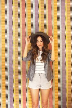 FashionCoolture - 16.11.2015 look du jour Gap striped shorts blazer (1)