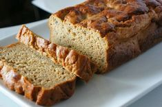 Protein Packed Banana Bread — Glazed and Confused Gluten-free, oil-free, no sugar added and low in fat! Tasty Bread Recipe, Lowest Carb Bread Recipe, Low Carb Bread, Keto Bread, Bread Recipes, Snack Recipes, Protein Banana Bread, Protein Pack, Whey Protein