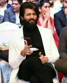 Actor Picture, Actor Photo, Telugu Hero, Bangla Love Quotes, South Hero, Vijay Actor, Vijay Devarakonda, Indian Tv Actress, Beard Styles For Men