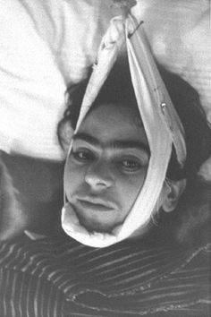 "Frida Kahlo Museum Virtual Tour | Frida Kahlo Paints ""My Dress Hangs There"" – Timelines.com"