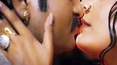 Romantic Aunty Enjoys With Unknown | Shobanam Ratri Telugu Full Romantic...