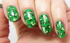 Green LeoHeart Nails for FingerFood's Theme Buffet #6 Hearts