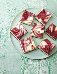 Raspberry ripple cheesecake squares