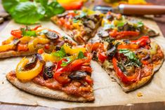 How to Make Your Delicious Vegan Pizza More Delicious? Pizza Vegana, Peppers Pizza, Pizza And More, Low Carb Pizza, Pizza Pizza, Unique Recipes, Light Recipes, Easy Cooking, Pain